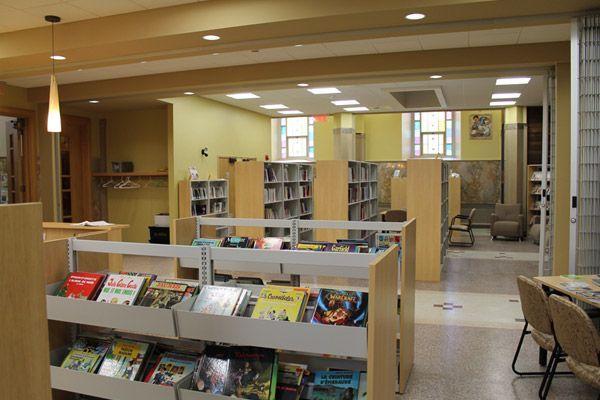 Bibliotheque-St-Jean02
